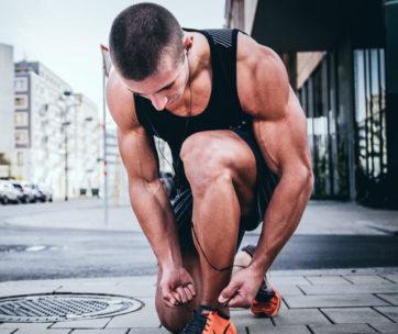 Die besten Fitness-, Bodybuilding- & Kraftsport Bücher, die man lesen muss